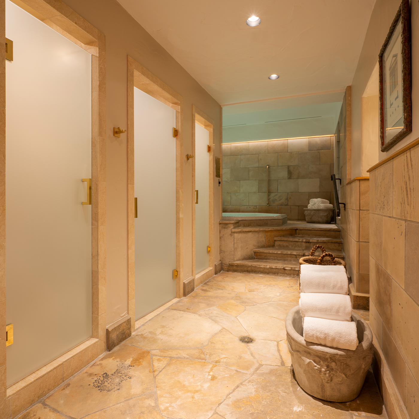 Chateau Beaver Creek Showers